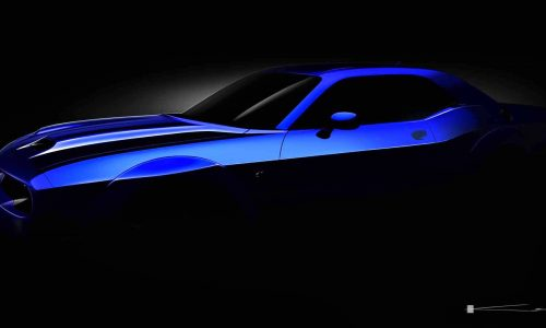 2019 Dodge Challenger SRT Hellcat previewed with new bonnet