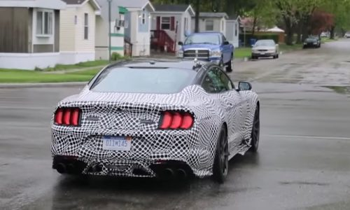 2019 Ford Mustang GT500 spied, sounds like flat-plane crank V8 (video)
