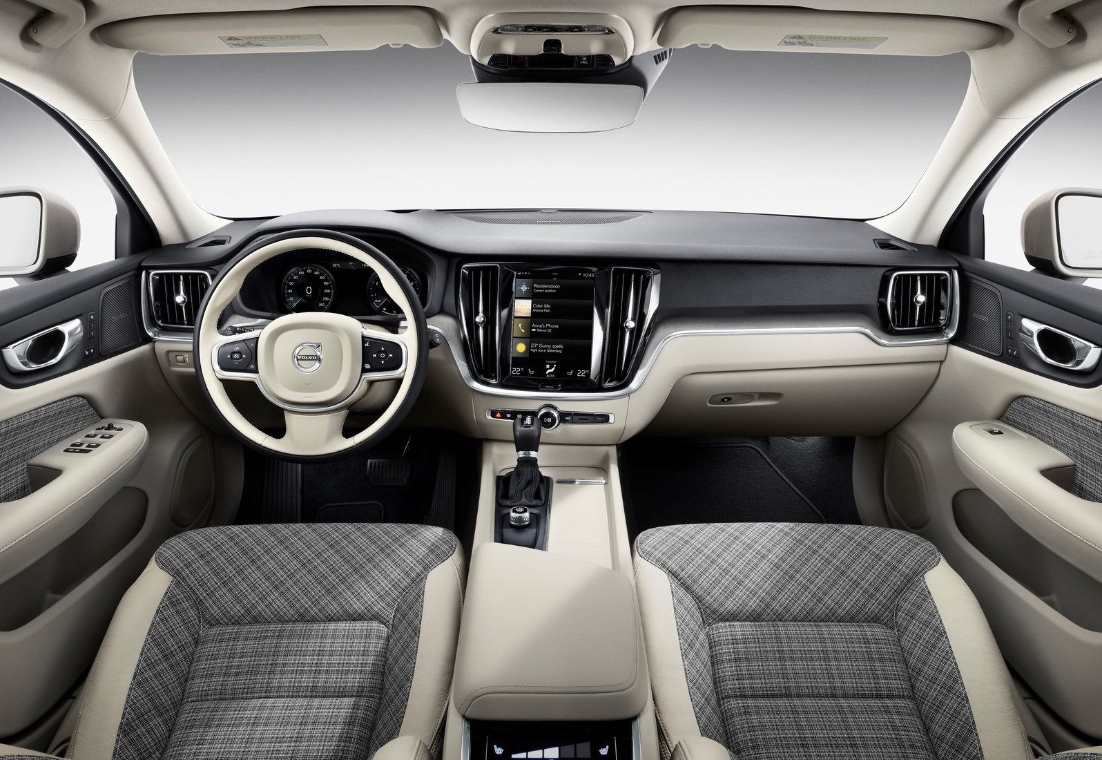 2019 Volvo V60 getting cool plaid textile interior trim option