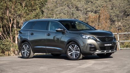 2018 Peugeot 5008 GT diesel review (video)