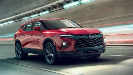 2019 Chevrolet Blazer revealed, gets sporty RS variant