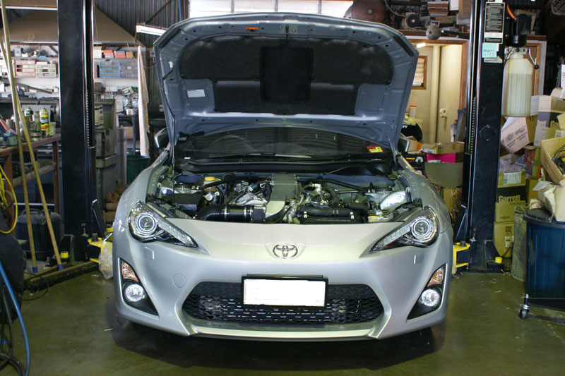 Toyota 86 with perfect 2GR-FSE twin-turbo V6 conversion