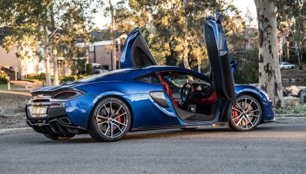 2018 McLaren 570GT review (video)
