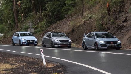 Honda Civic Type R vs Hyundai i30 N vs Peugeot 308 GTi: Comparison (video)