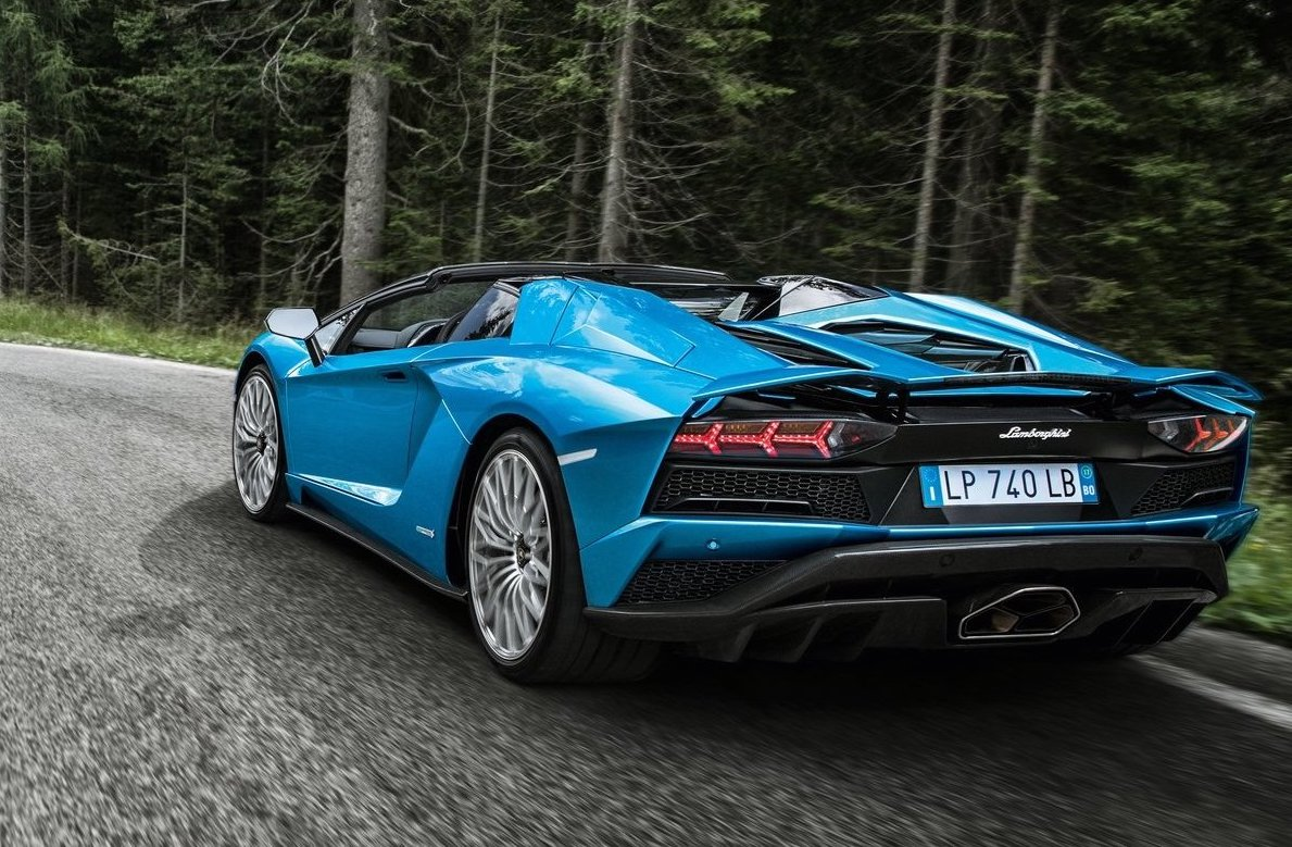 Lamborghini Aventador V12 Hybrid Confirmed For Successor