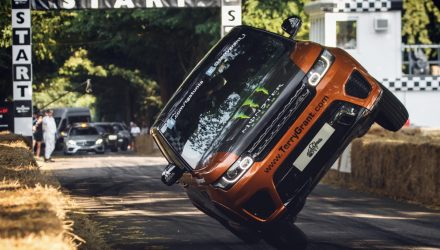 Range Rover Sport SVR sets world record two-wheel run at Goodwood (video)