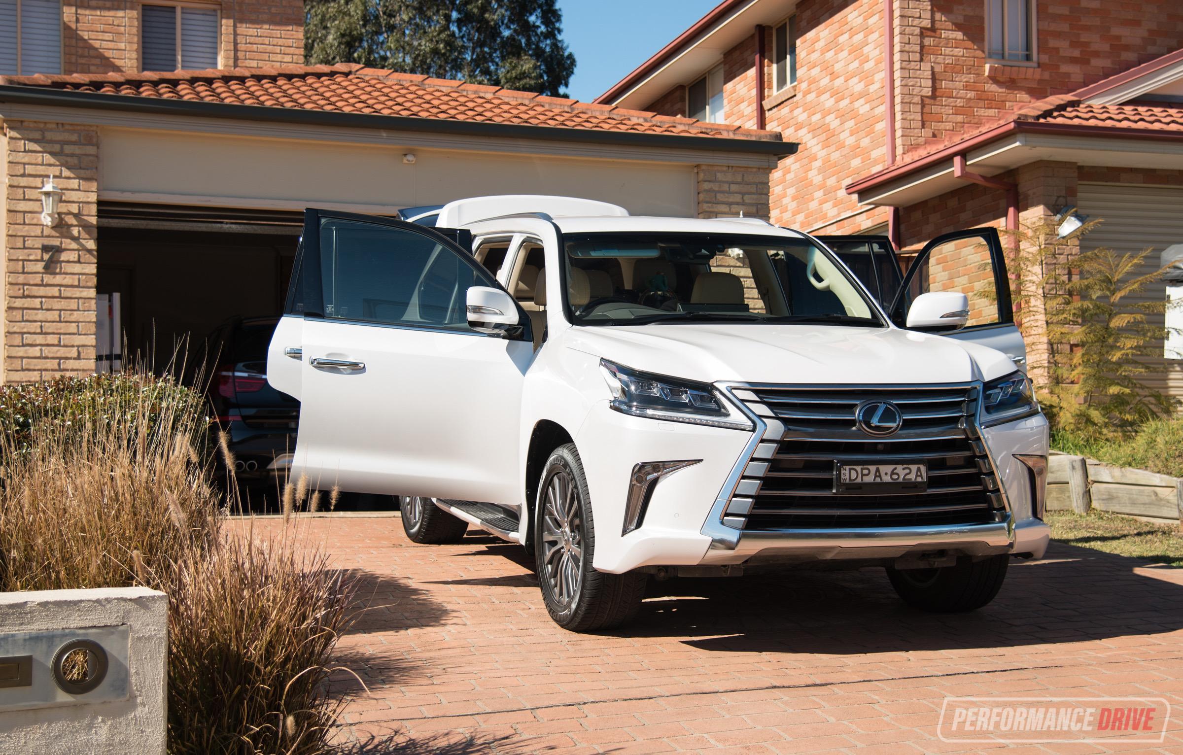 lexus lx450d fuel consumption