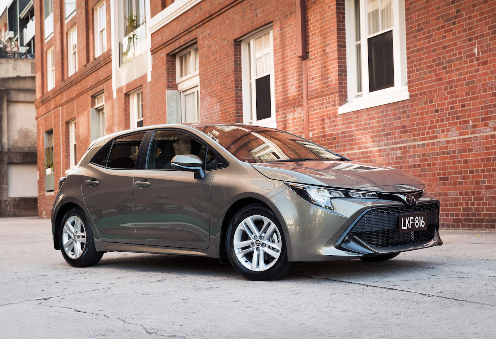2019 Toyota Corolla now on sale in Australia from $22,870 ...