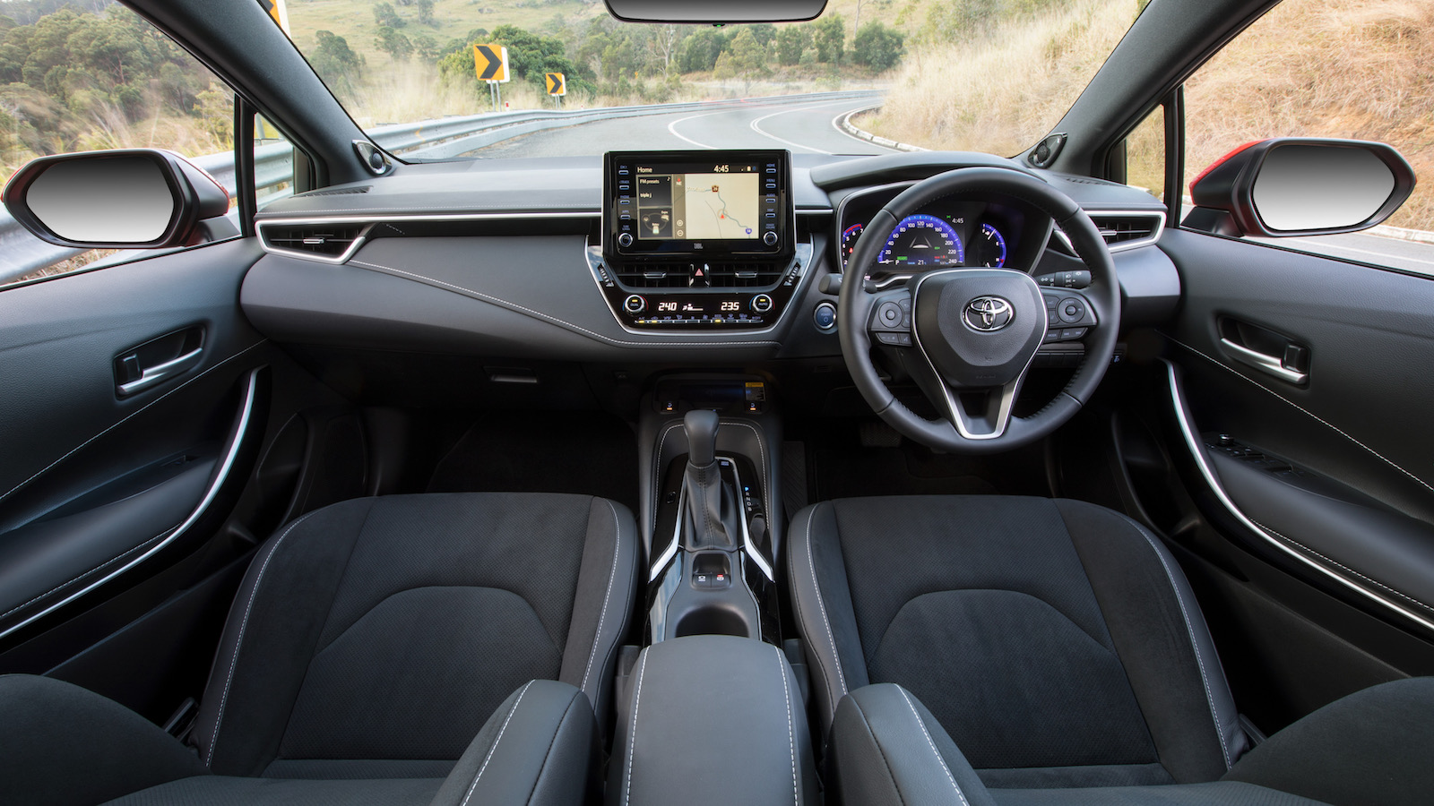 Toyota Corolla Interior >> 2019 Toyota Corolla now on sale in Australia from $22,870
