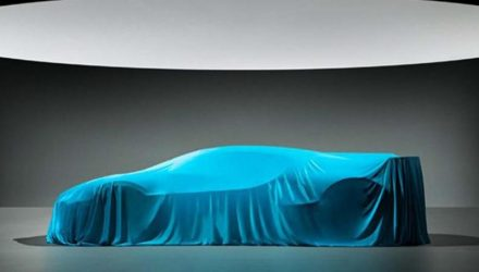 Bugatti Divo previewed again before Pebble Beach reveal (video)