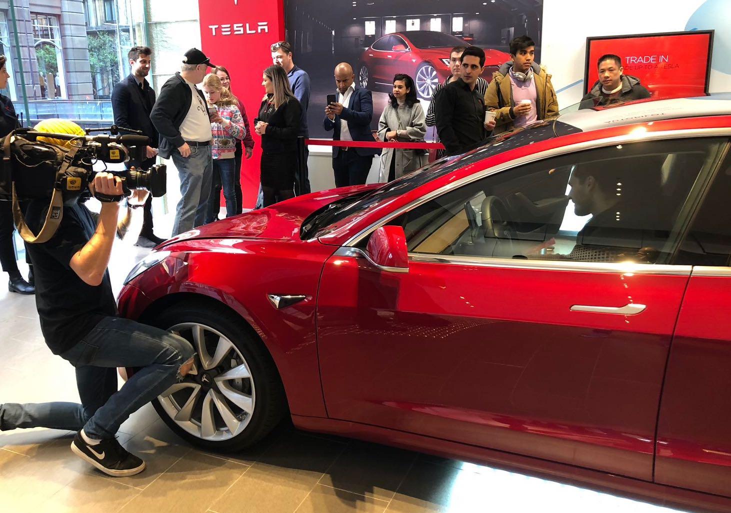 Tesla Model 3 makes Australian debut, in LHD form ...