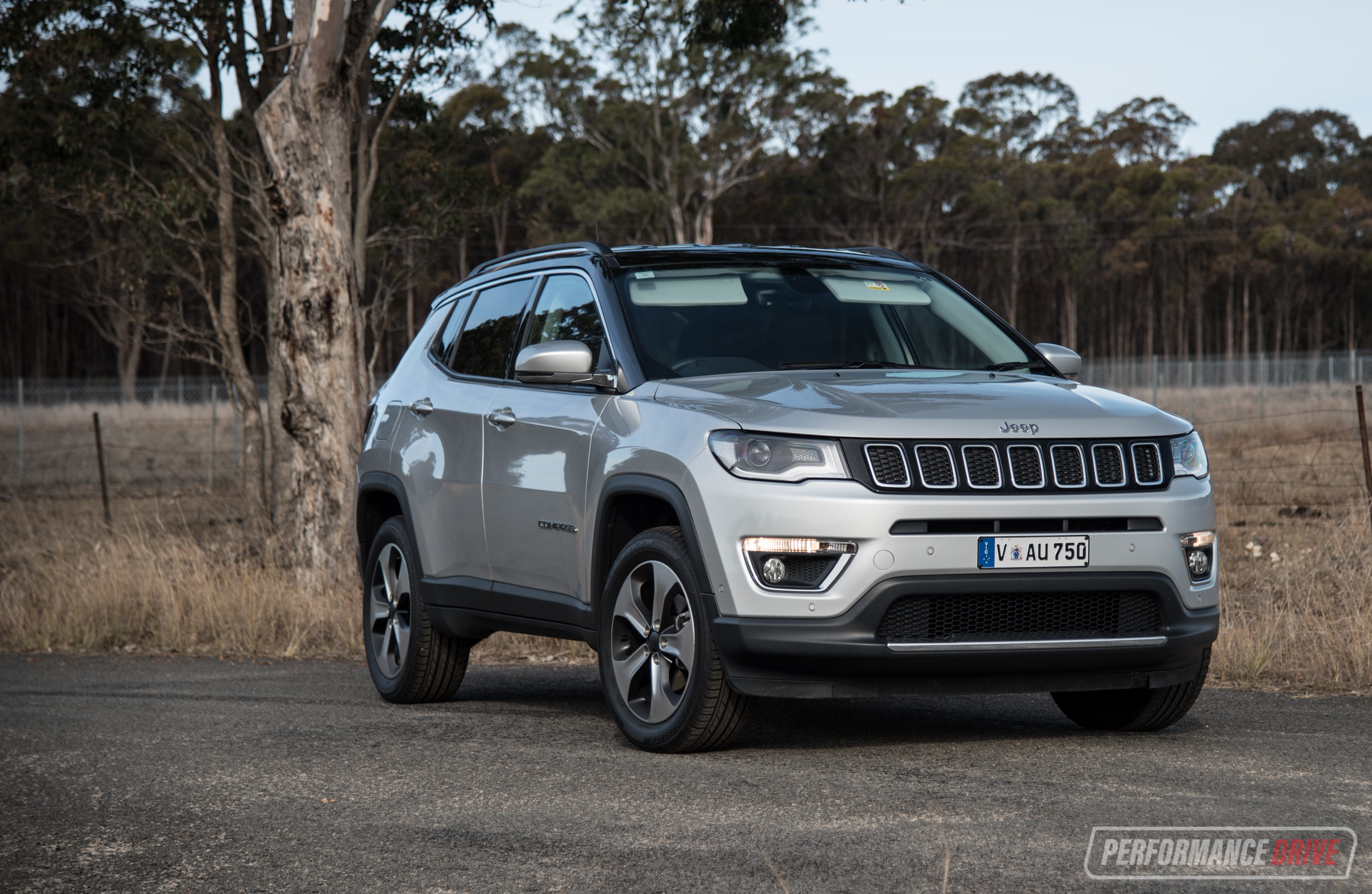 2018 Jeep Compass Limited 2.4 review (video ...