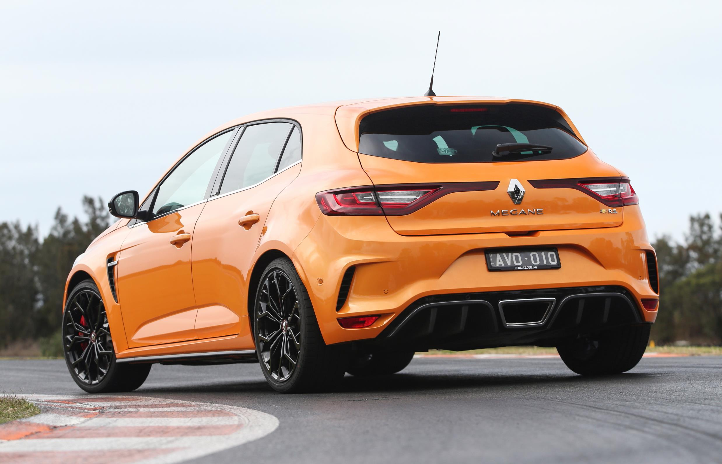 Bose Sound System >> 2018 Renault Megane RS launches in Australia ...