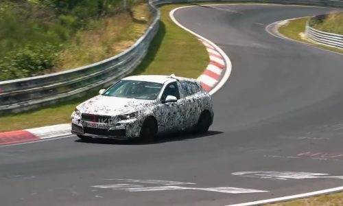 Video: 2019 BMW 1 Series spotted, M140i form with AWD?