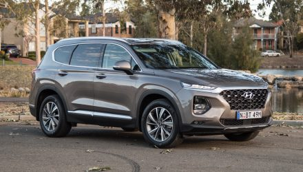 2019 Hyundai Santa Fe Elite review (video)