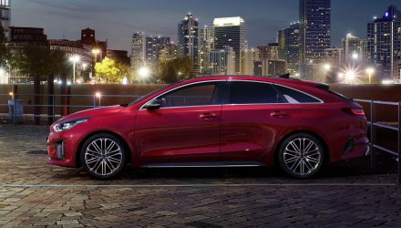 2019 Kia ProCeed revealed, becomes elegant shooting brake