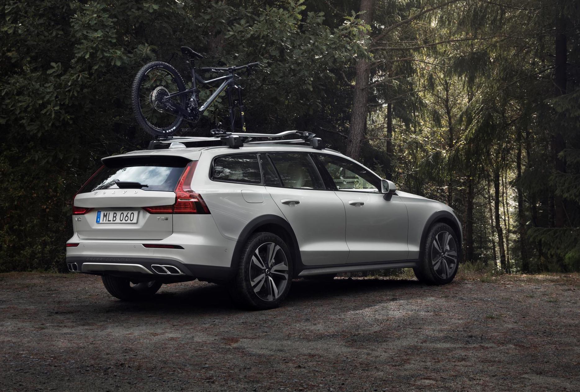 2019 Volvo V60 Cross Country Revealed Performancedrive
