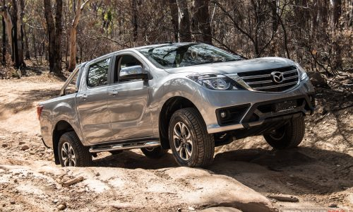 2018 Mazda BT-50 GT review (video)