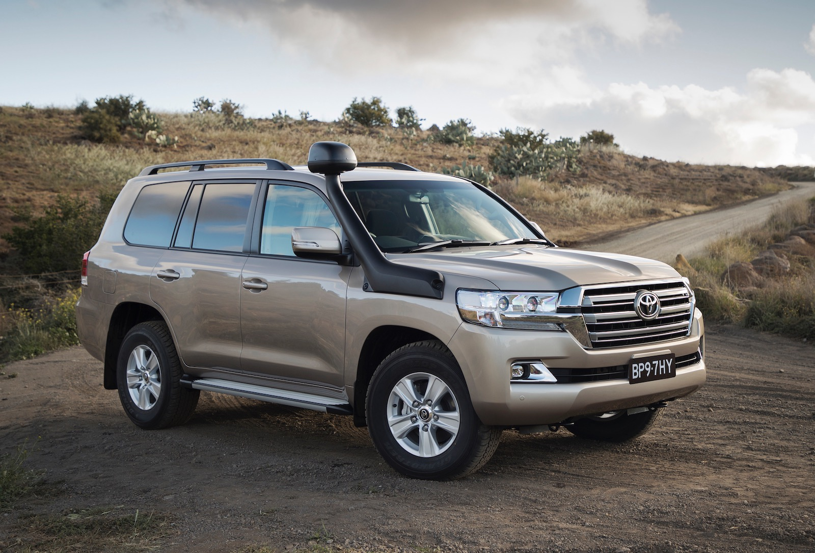 2019 Toyota Landcruiser 200 Series Updates Announced For