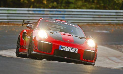 2018 Porsche 911 GT2 RS MR sets Nurburgring lap record (video)