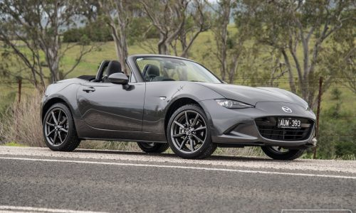 2019 Mazda MX-5 Roadster GT 2.0L review (video)