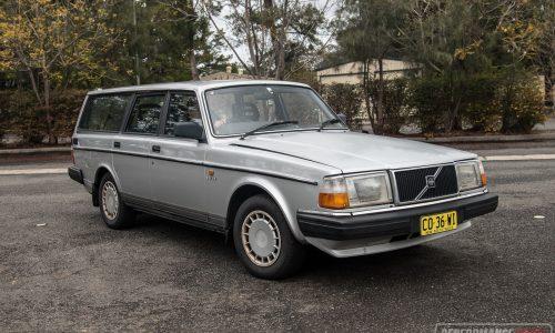Video: 1989 Volvo 240 GL wagon 0-100km/h & engine sound