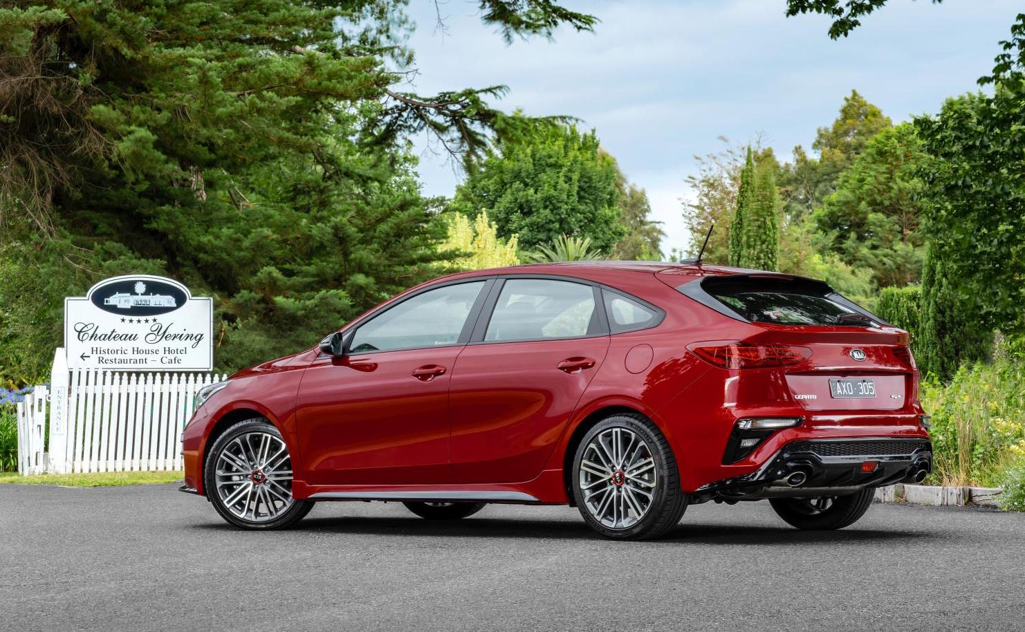 turbo 2019 kia cerato gt added to australian range