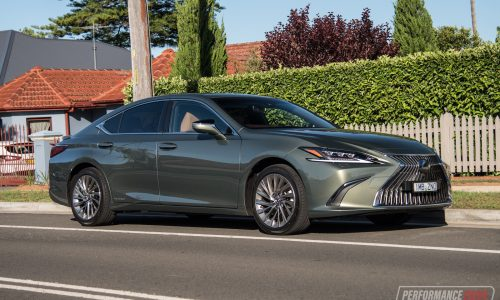 2019 Lexus ES 300h Sports Luxury review (video)