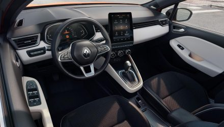 2019 Renault Clio interior goes big on technology