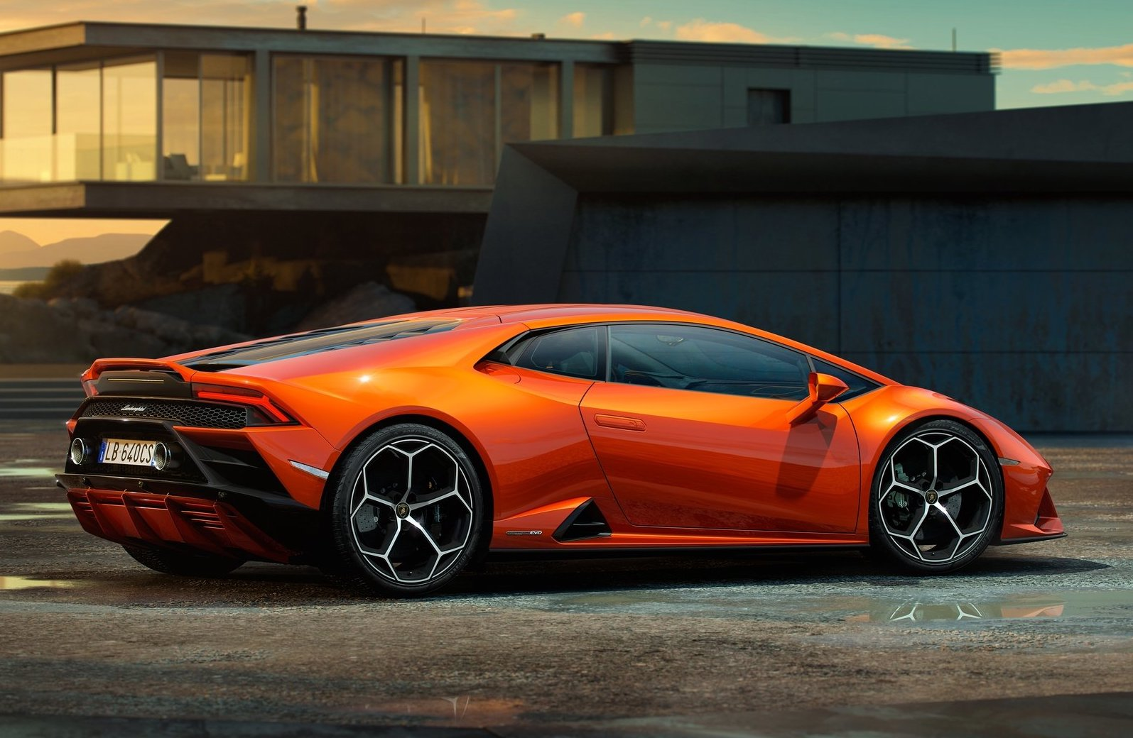 2019 Lamborghini Huracan EVO revealed - PerformanceDrive