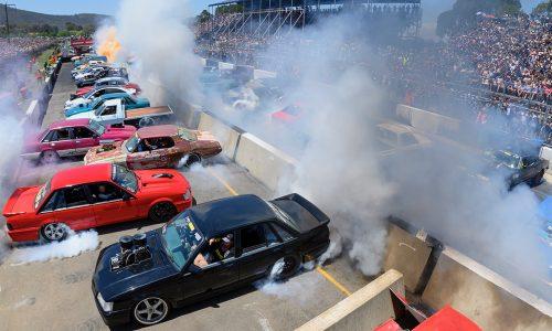 Burnout world record set at Summernats 32, 126 cars smoking