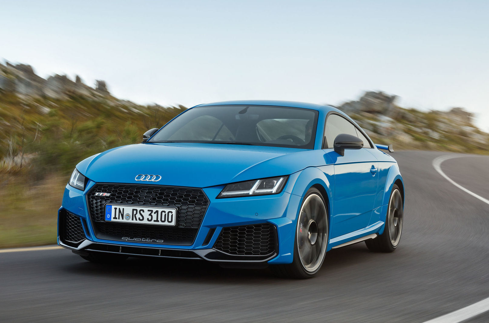 2019 Audi TT RS revealed, continues with cracker 2.5 TFSI