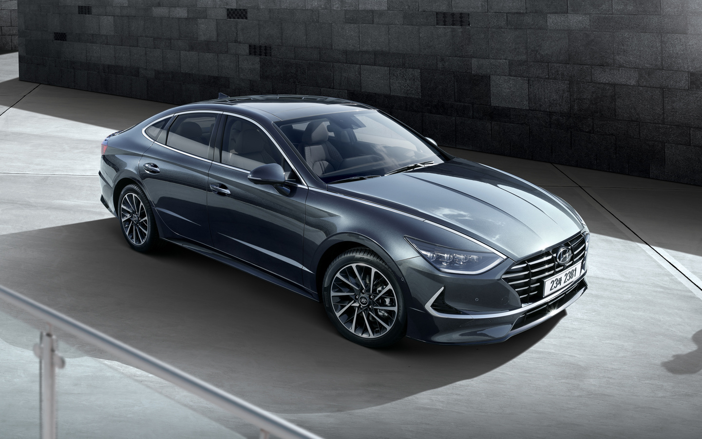 Hyundai Sonata Luxurious Coupe Revealed with Striking Design