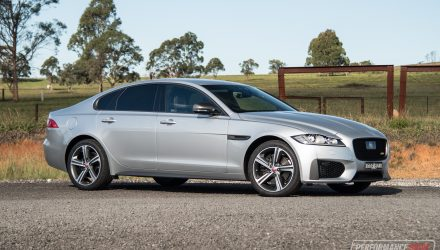 2019 Jaguar XF 300 Sport review (video)