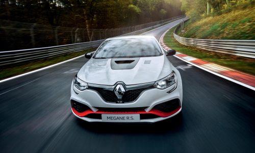 Renault Megane RS Trophy-R sets Nurburgring lap record (video)