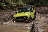 Suzuki Jimny mud