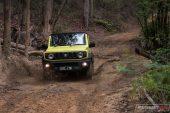 Suzuki Jimny mud track