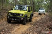 Suzuki Jimny new and old front