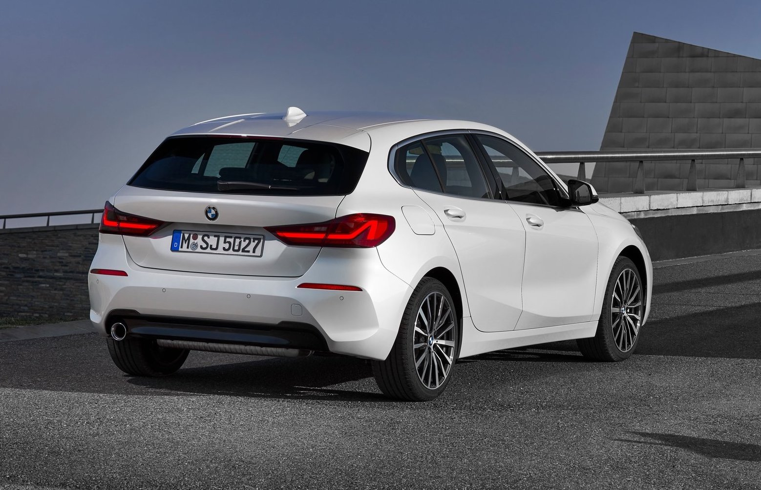 Bmw Serie 1 >> 2020 BMW 1 Series revealed, topped by M135i xDrive