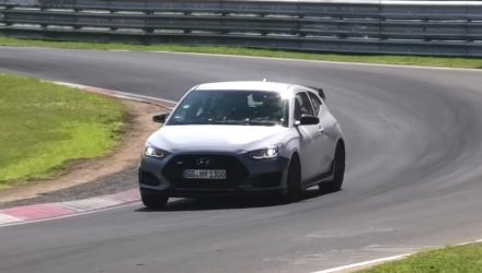 Hyundai Veloster N spotted again with DCT auto (video)