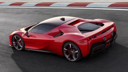 Ferrari SF90 Stradale revealed; 1000hp 4.0TT V8 hybrid
