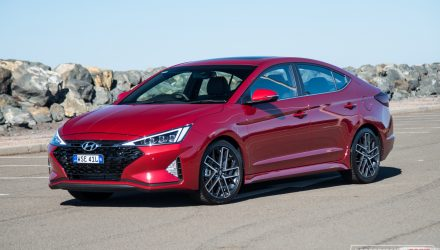 2019 Hyundai Elantra Sport review (video)