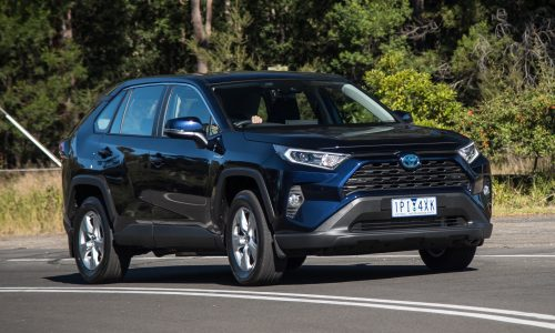 2019 Toyota RAV4 GX Hybrid review (video)