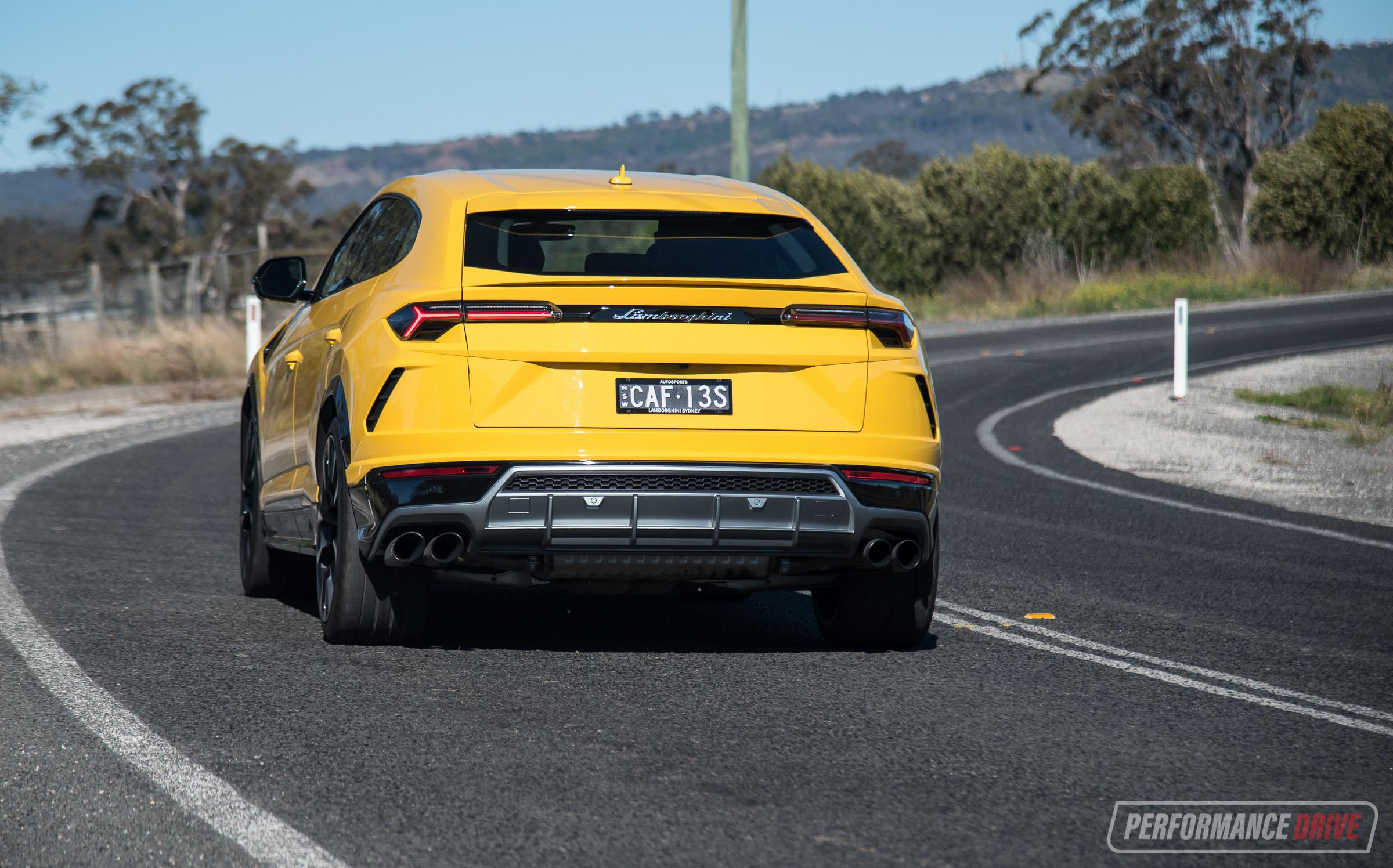 2019 Lamborghini Urus review (video) | PerformanceDrive