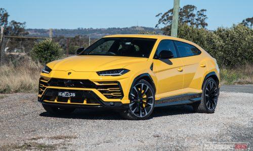 2019 Lamborghini Urus review (video)