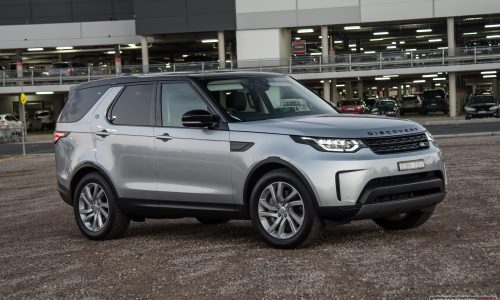 2019 Land Rover Discovery Sd6 SE review (video)