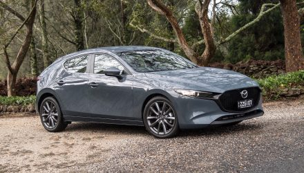 2019 Mazda3 Evolve G20 review (video)
