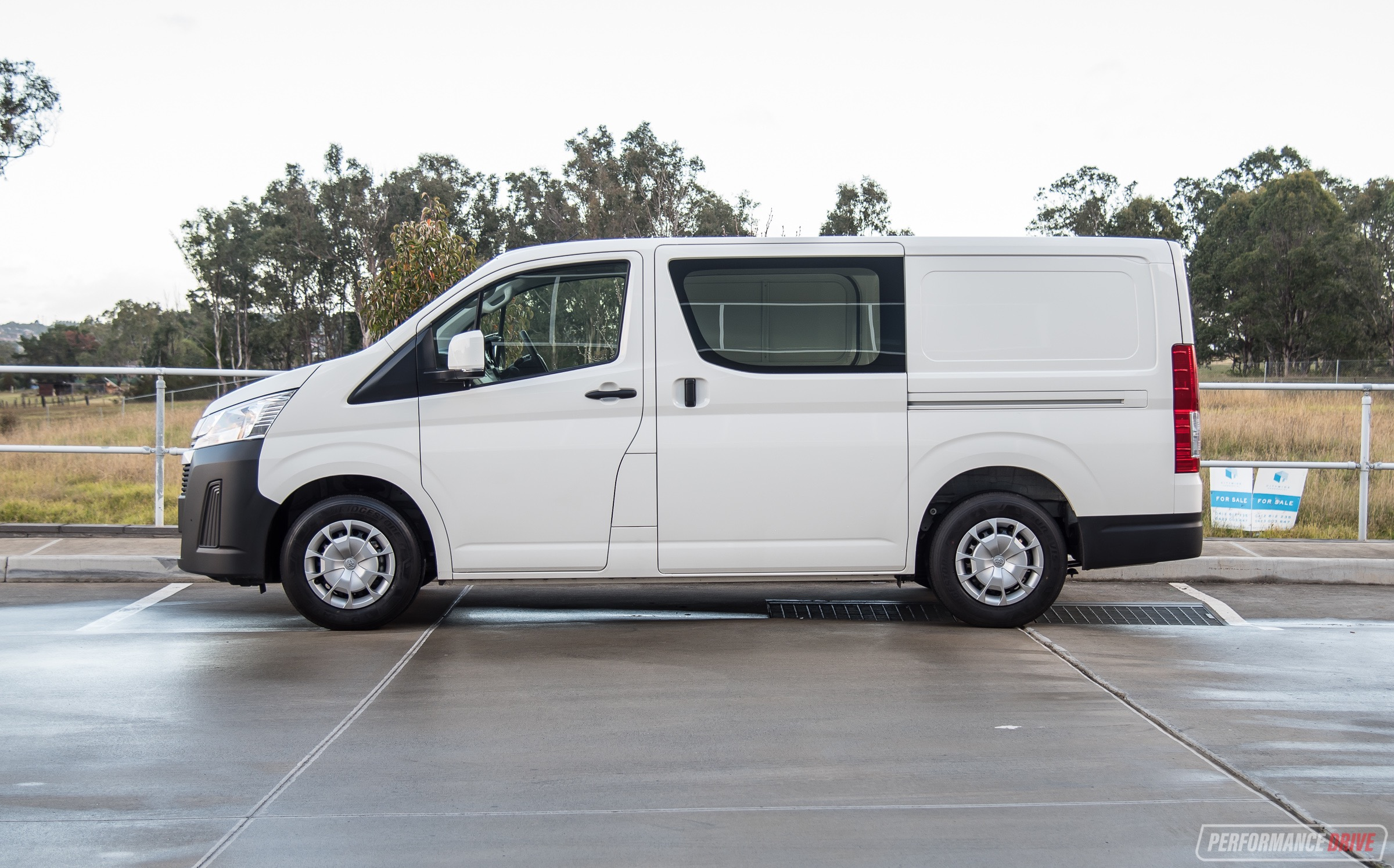 2019 Toyota HiAce review - V6 & Diesel (video ...