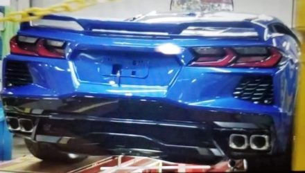 2020 Chevrolet Corvette C8 image surfaces, looks fast in latest spy video