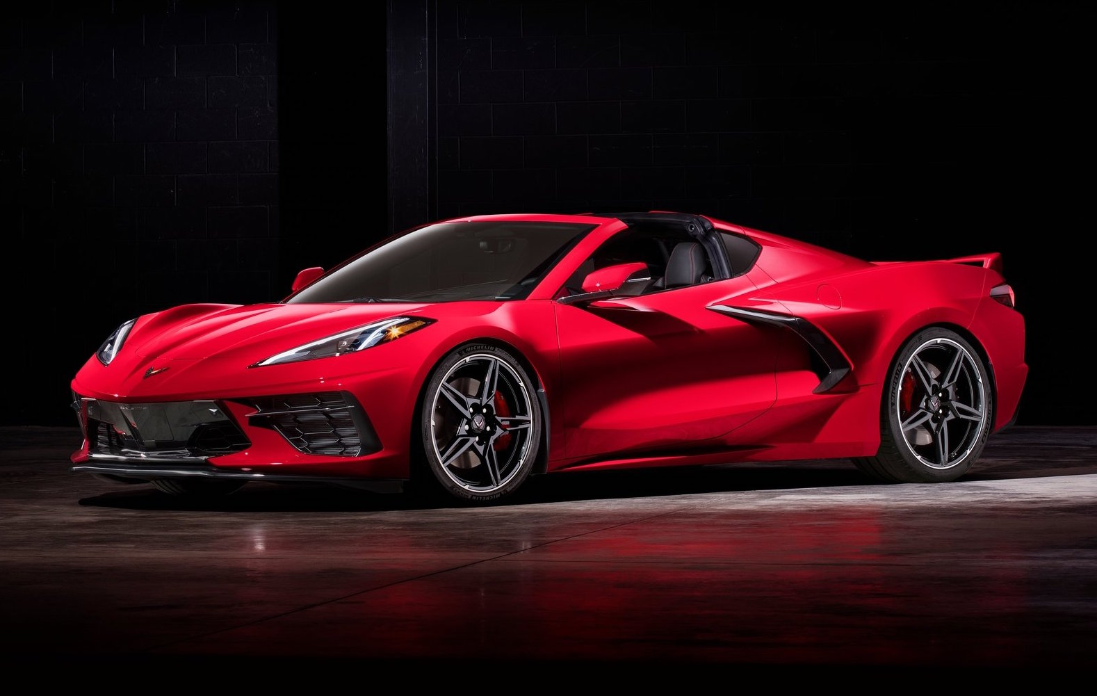 2020 Chevrolet Corvette Stingray C8 revealed, confirmed ...